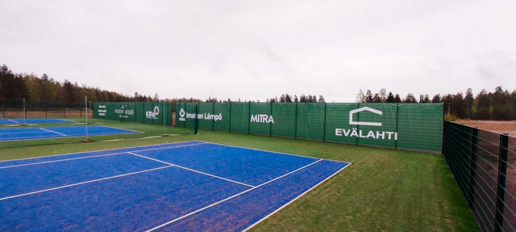 tenniskentän suojaverkko